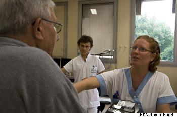 rencontre une infirmière qui travaille des nuits en ligne datant poly